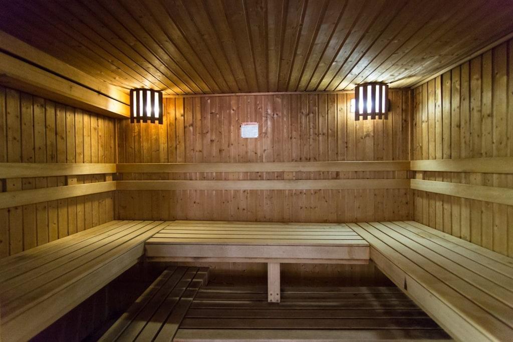 Dry Sauna Room