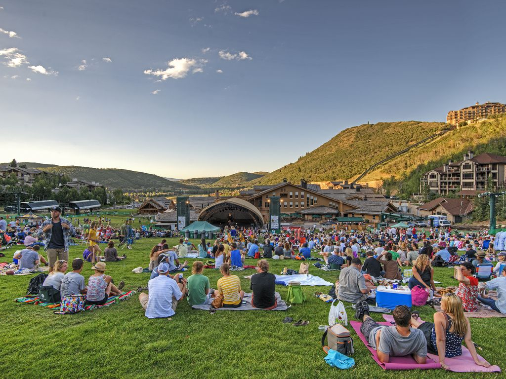 Outdoor summer concerts at Deer Valley