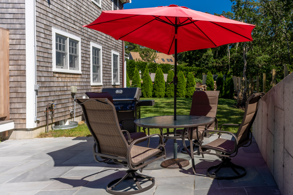 Patio, Dining and Grilling Area