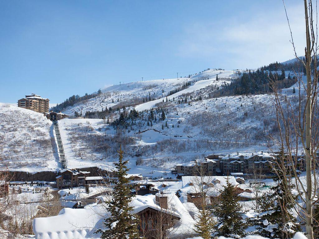 Deer Valley Resort - looking at St Regis