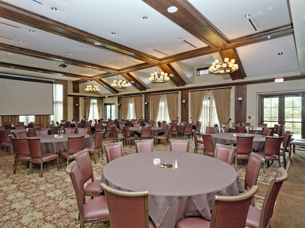 Traditions Country Club - Ballroom