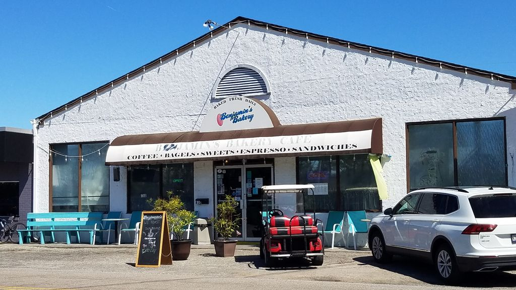 """""""Benjamins"""" grat place for bagels and coffee in Surfside near house"""