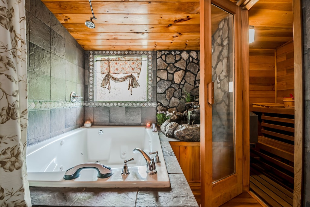 Master Jetted Tub and Sauna