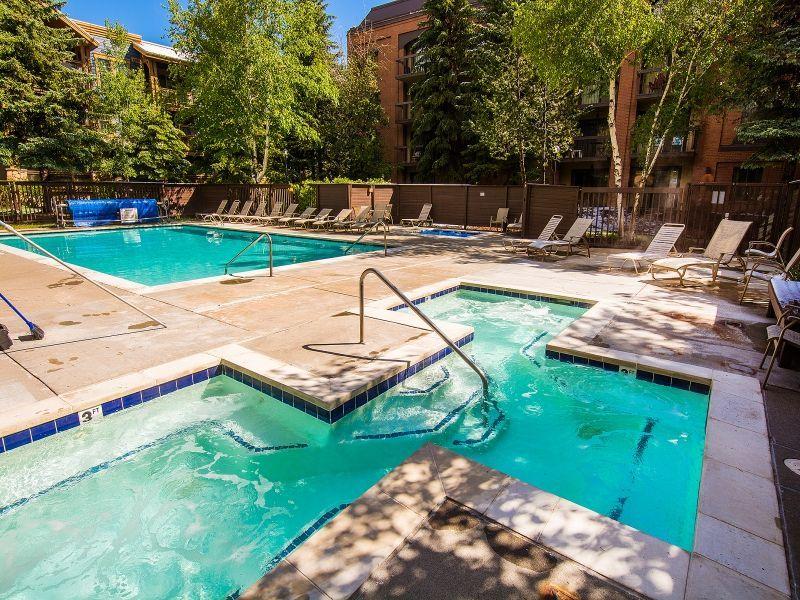 swimming pool, spa
