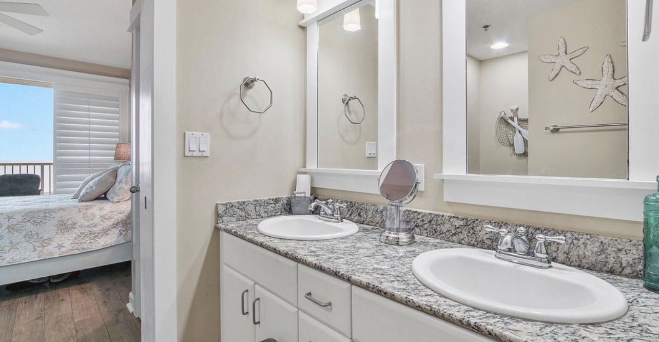 Double vanity with granite countertop