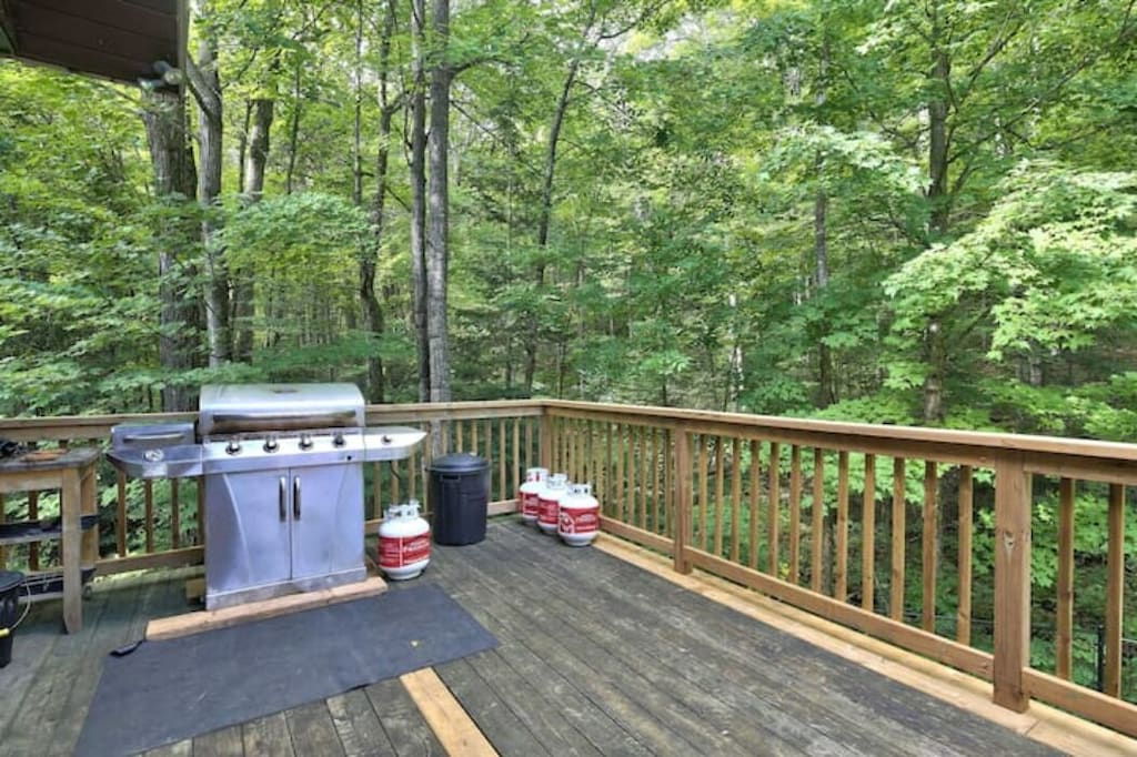 Lots of room on the deck to barbeque and enjoy the forest scenery
