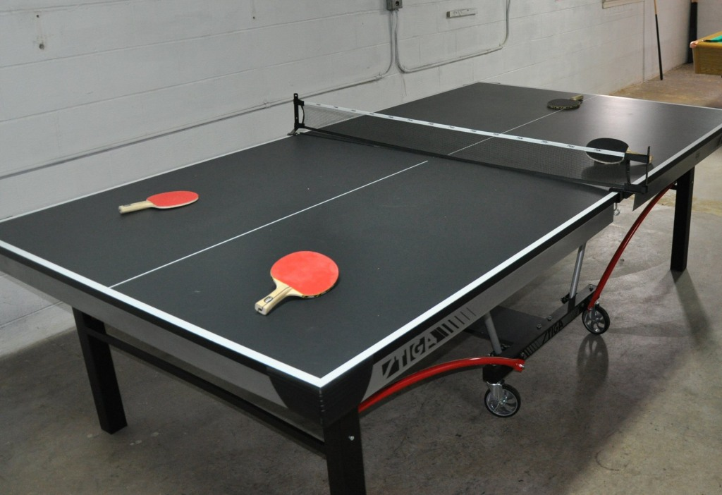 Tournament size ping pong table
