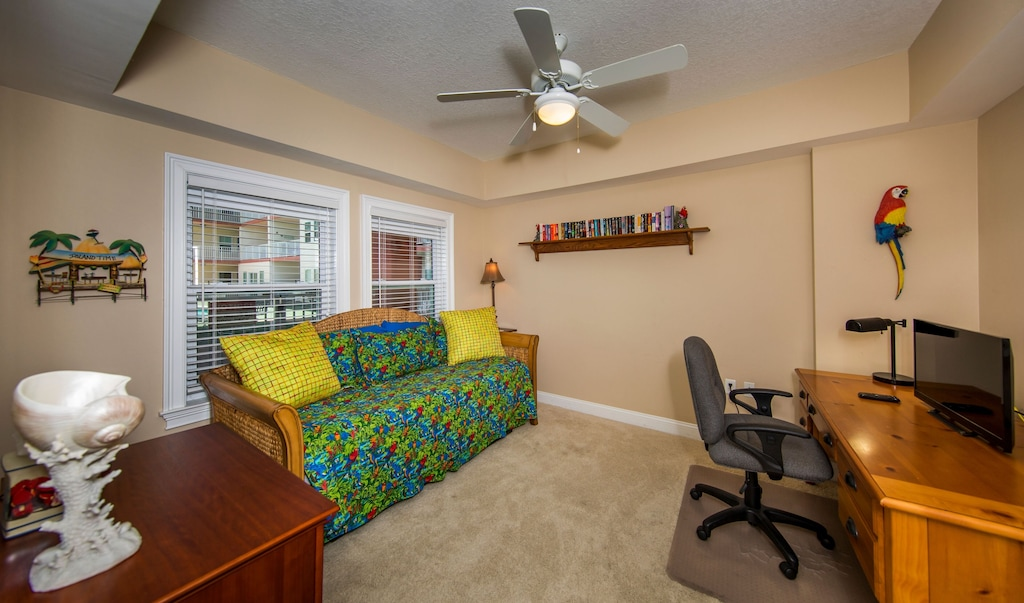 3rd bedroom has a trundle bed - two twins or push together for a king