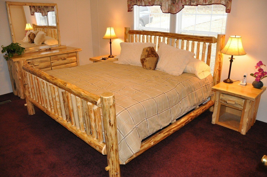 Beautiful king master bedroom with armoire & HDTV