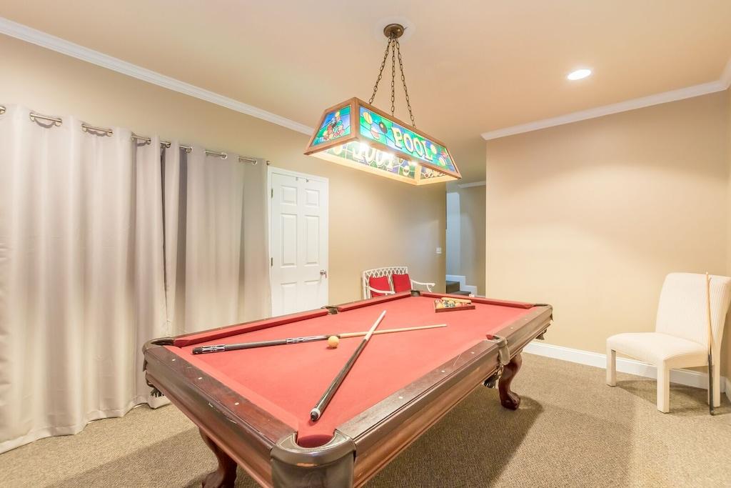 8 ft Slate Pool Table