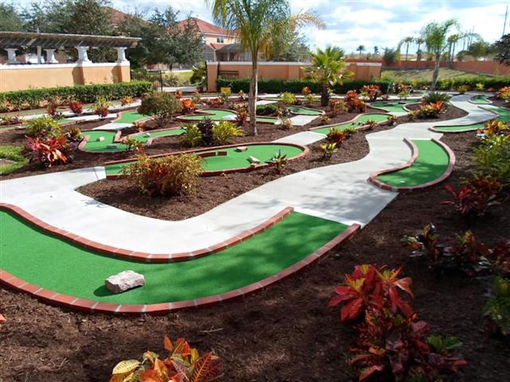mini golf in the resort walking distance to the house
