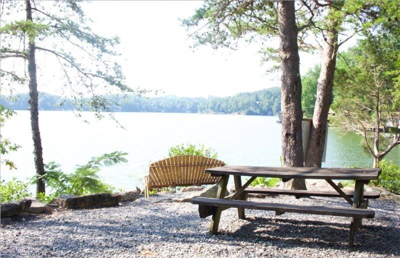 Plenty of lake-side seating for your enjoyment