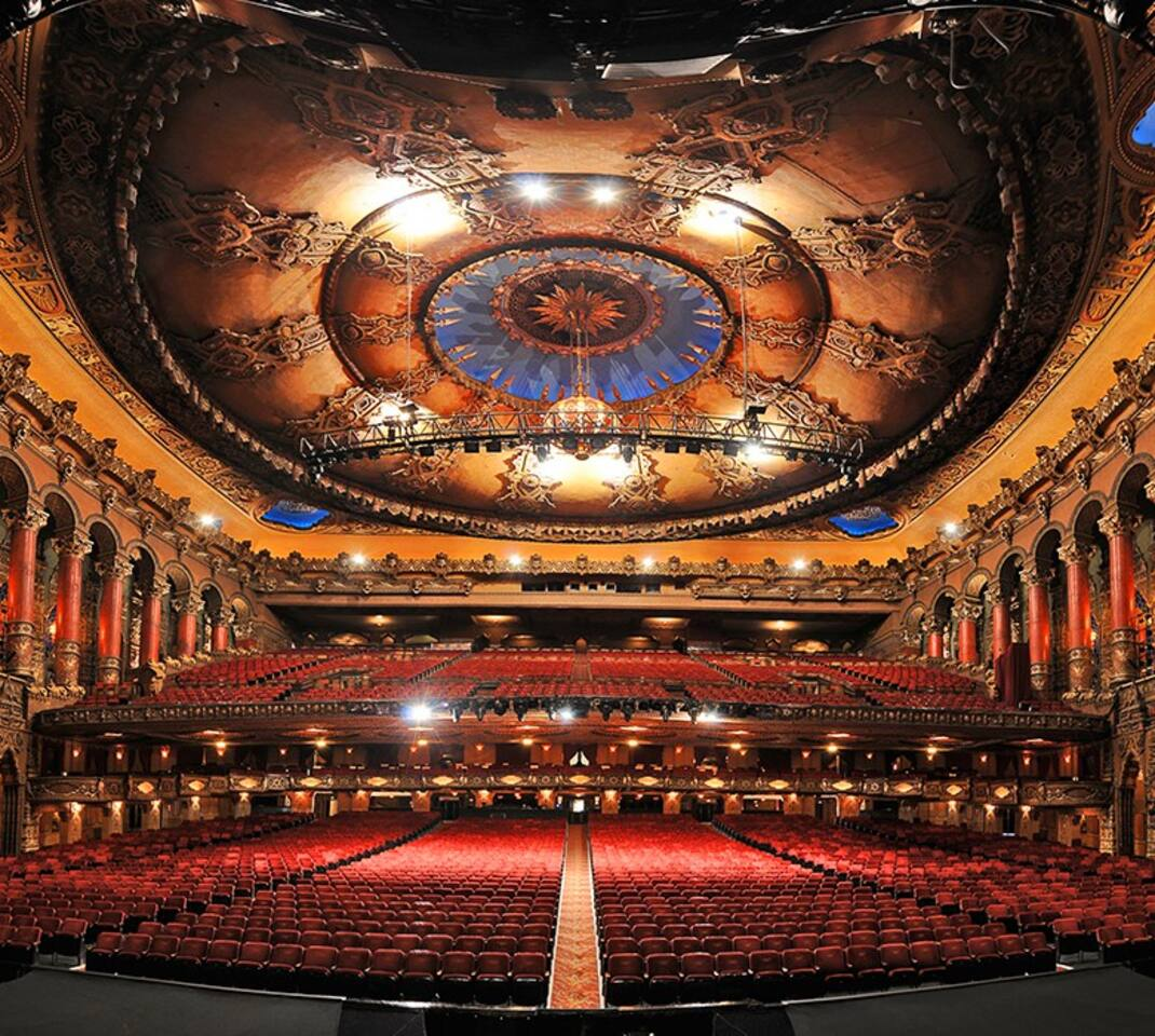 The iconic Fox Theatre is gorgeous inside.  Built is 1929, it was restored in 1981.  Originally built by Fox and decorated in the Hindoo Mosque of Old India style, it is considered to be one of Fox's best theaters.