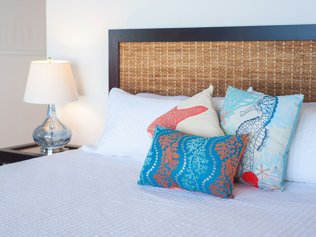 King beds with luxury linens.  Each king ensuite room features a large closet.