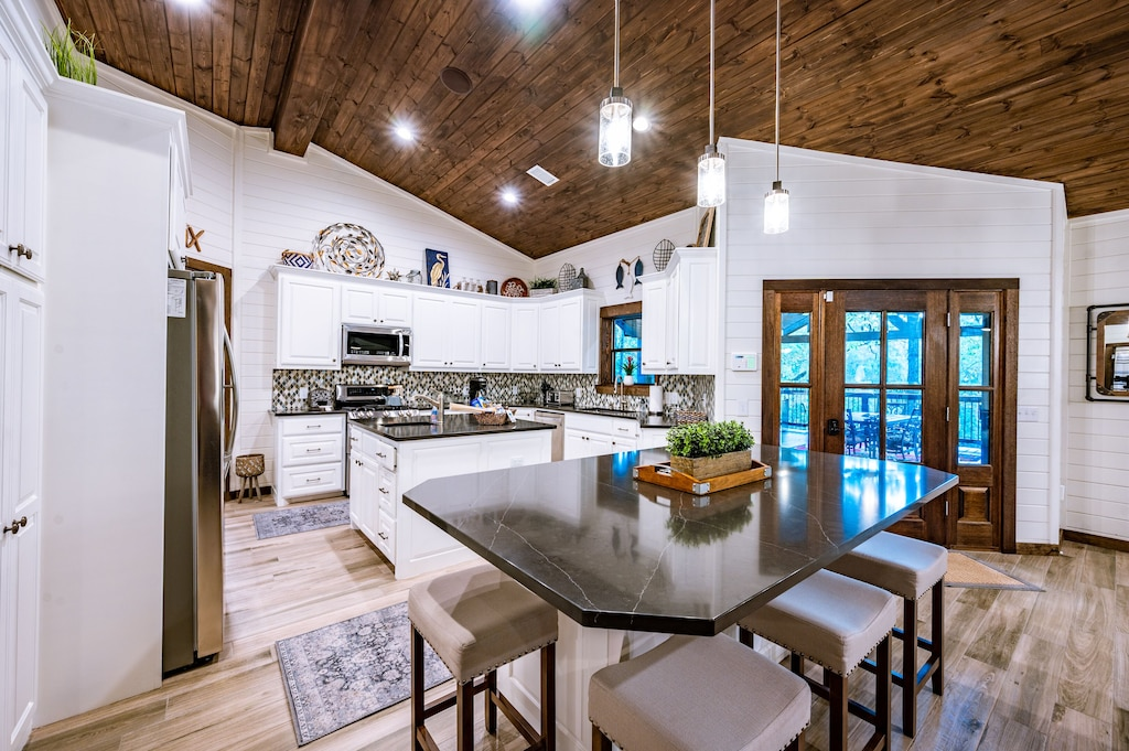 The fully renovated open concept kitchen.