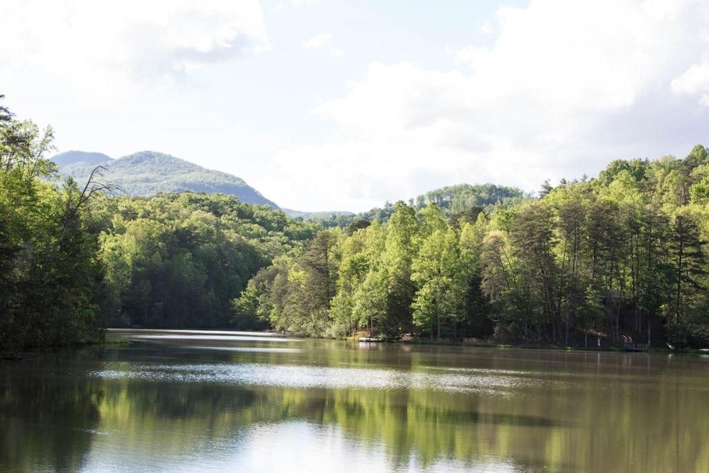 The beautiful Mirror Lake