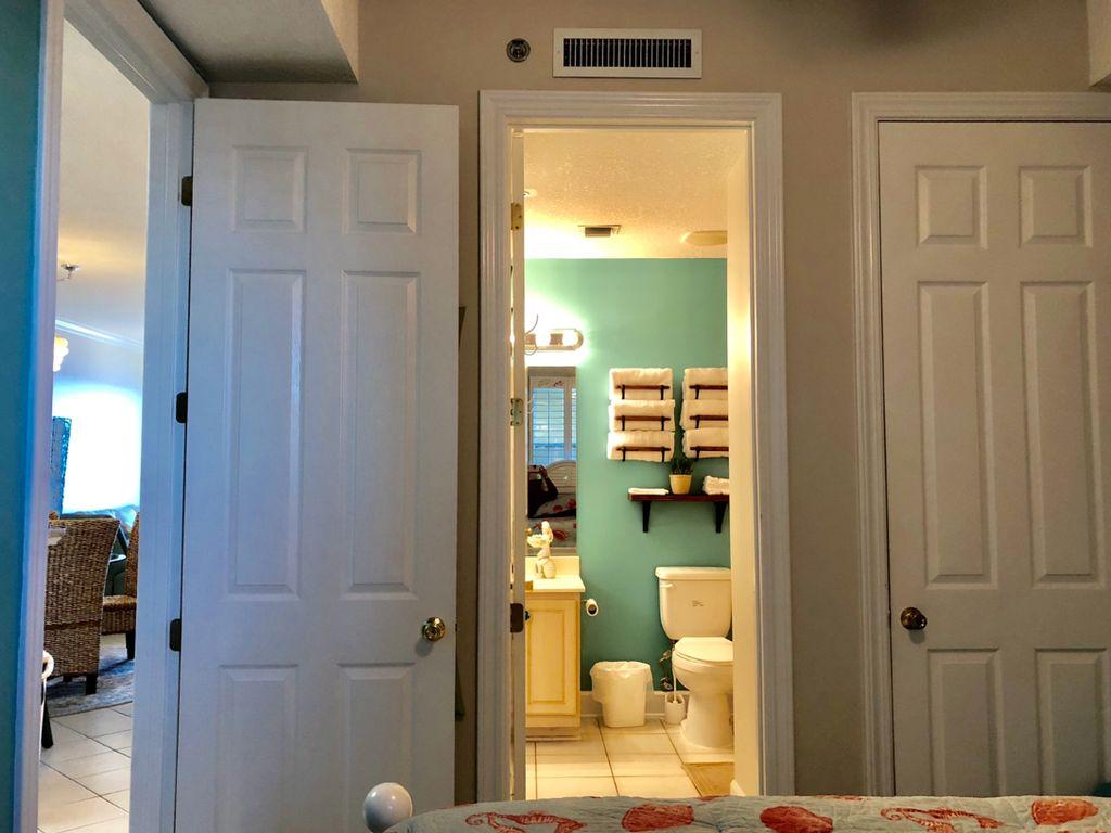 Bathroom Access from Bedroom