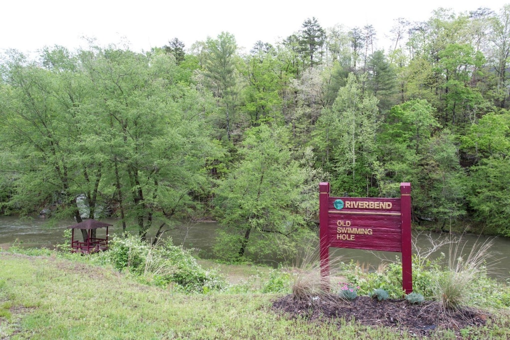 You will have access to all of the amenities of Riverbend at Lake Lure.