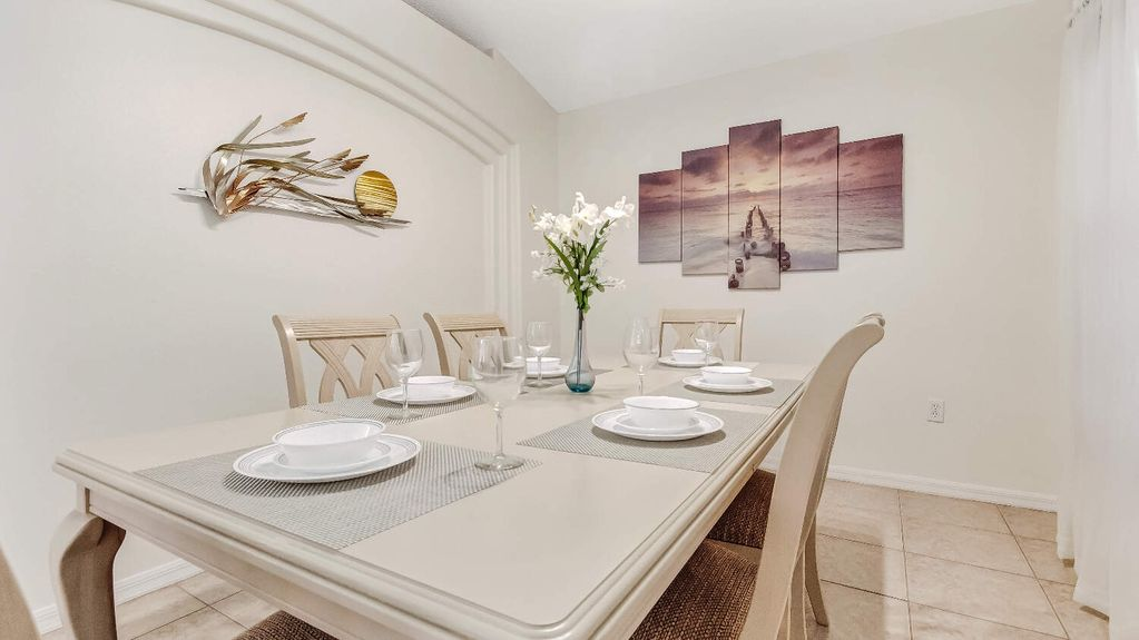 Extra Large Formal Dining Room