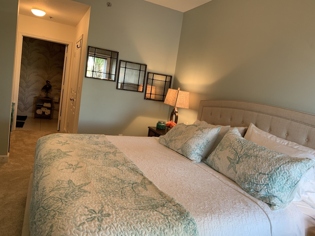 Comfy King bed for your sweet dreams in Mexico Beach!