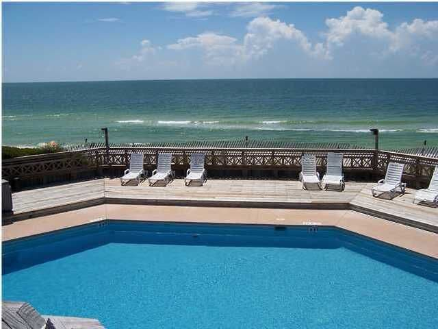 Gulf Front Pool at Barrier Dunes