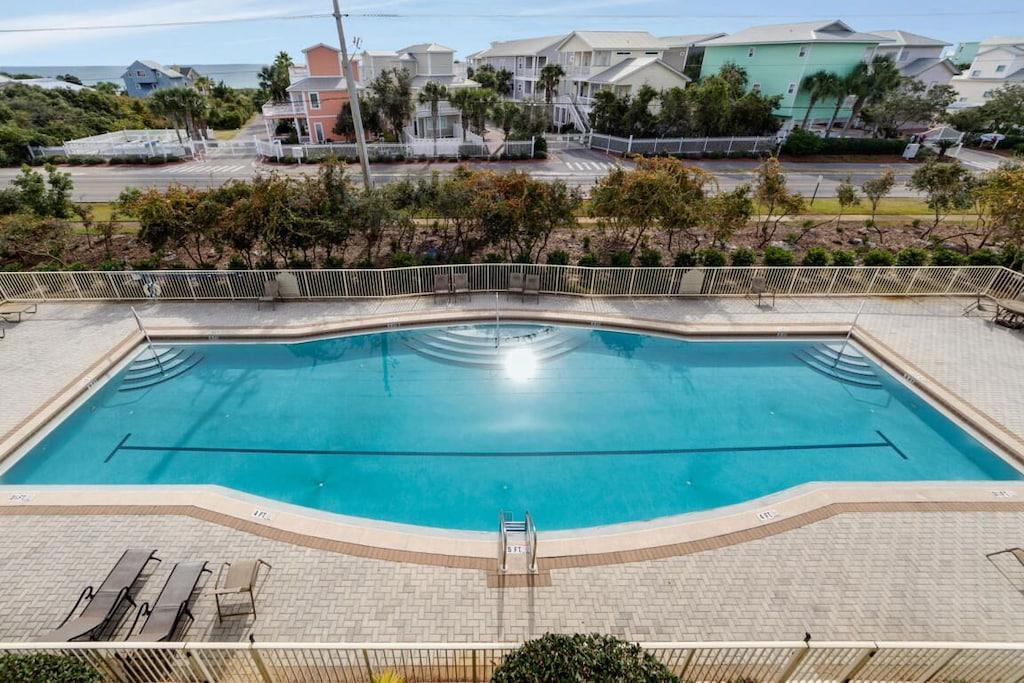 200 sq. ft. seasonally heated pool