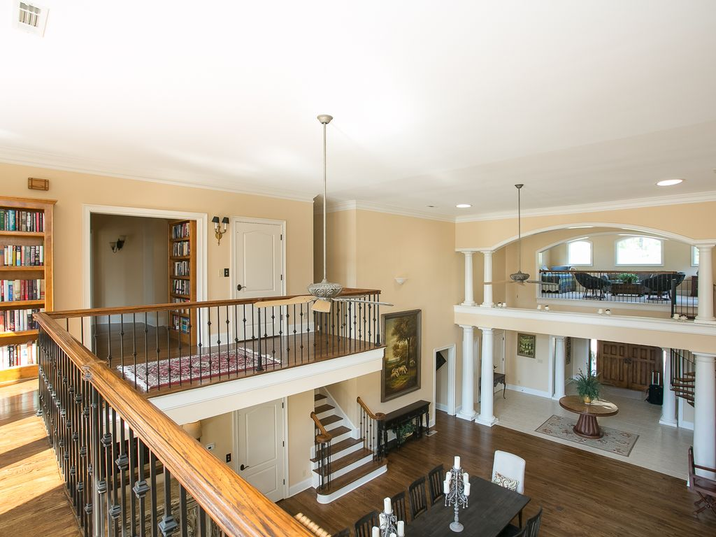 2 story over look