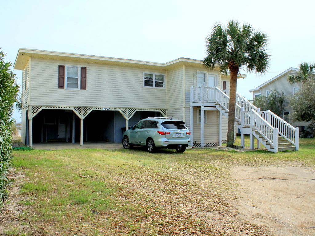 View of your oceanfront  vacation home from Palmetto Blvd!