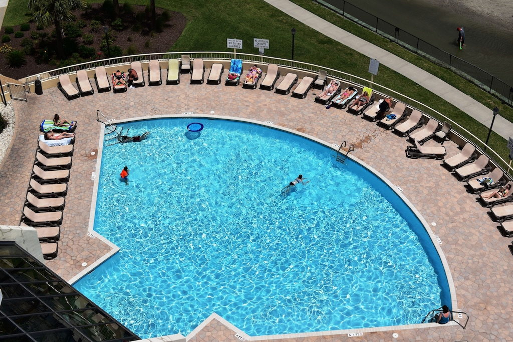 Private Pool/Hot Tub For Tower South Owners/Guest Only. Ocean is Your Background