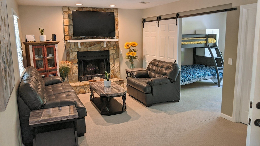 Large basement area with den and 4th bedroom