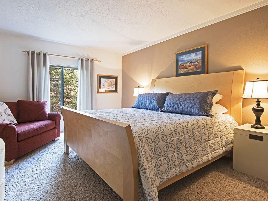 Master bedroom - king size bed, sleeper sofa