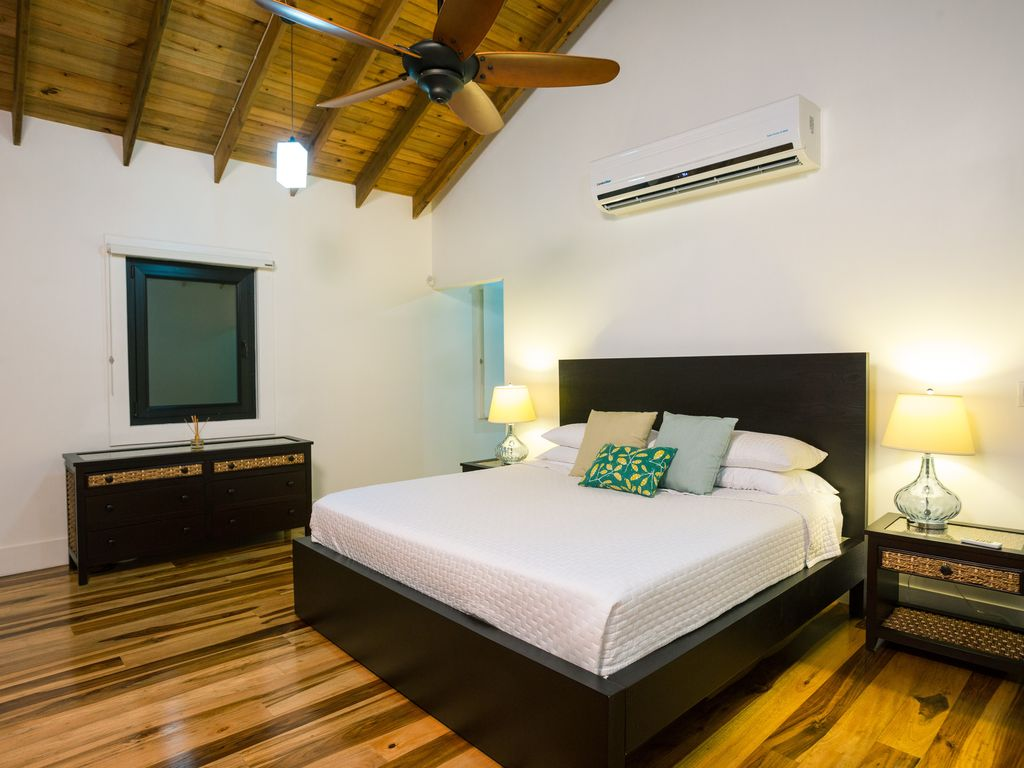 Spacious rooms with luxury king beds