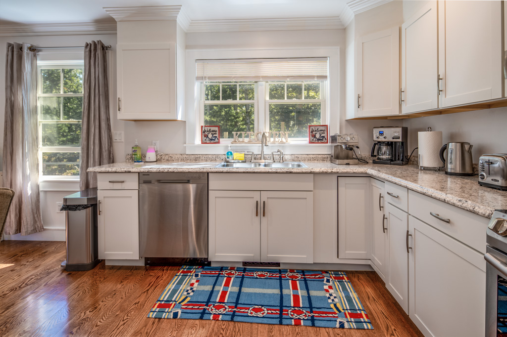 Smith Hollow Fully Equipped Kitchen