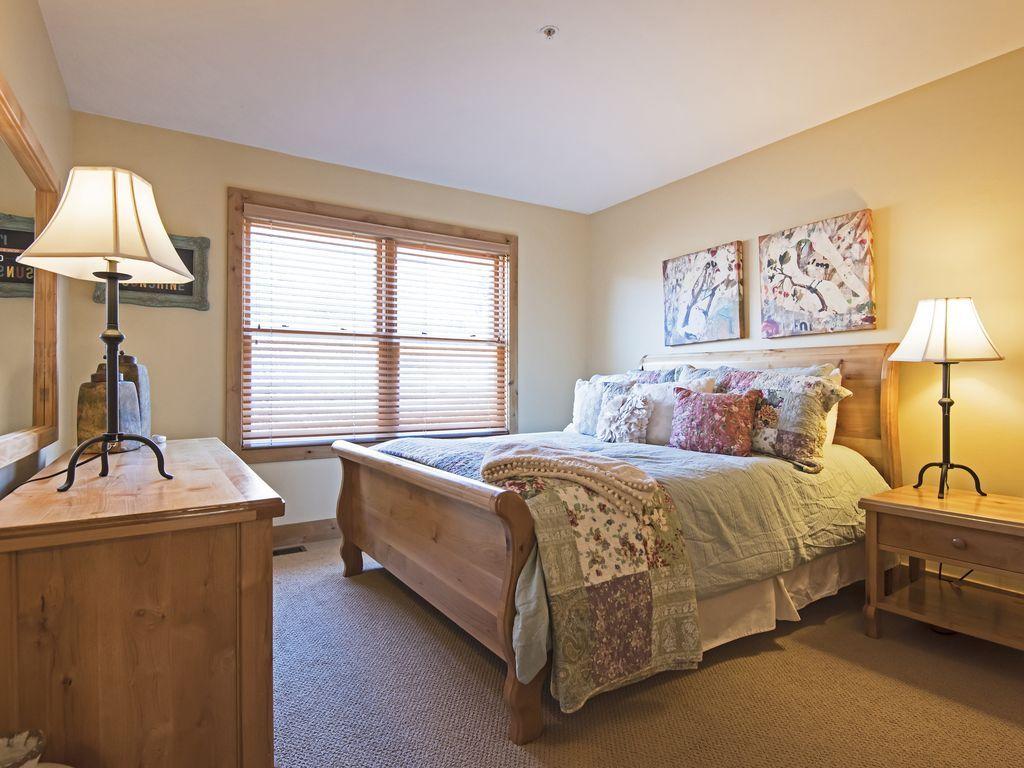Bedroom 3.  Queen size bed.