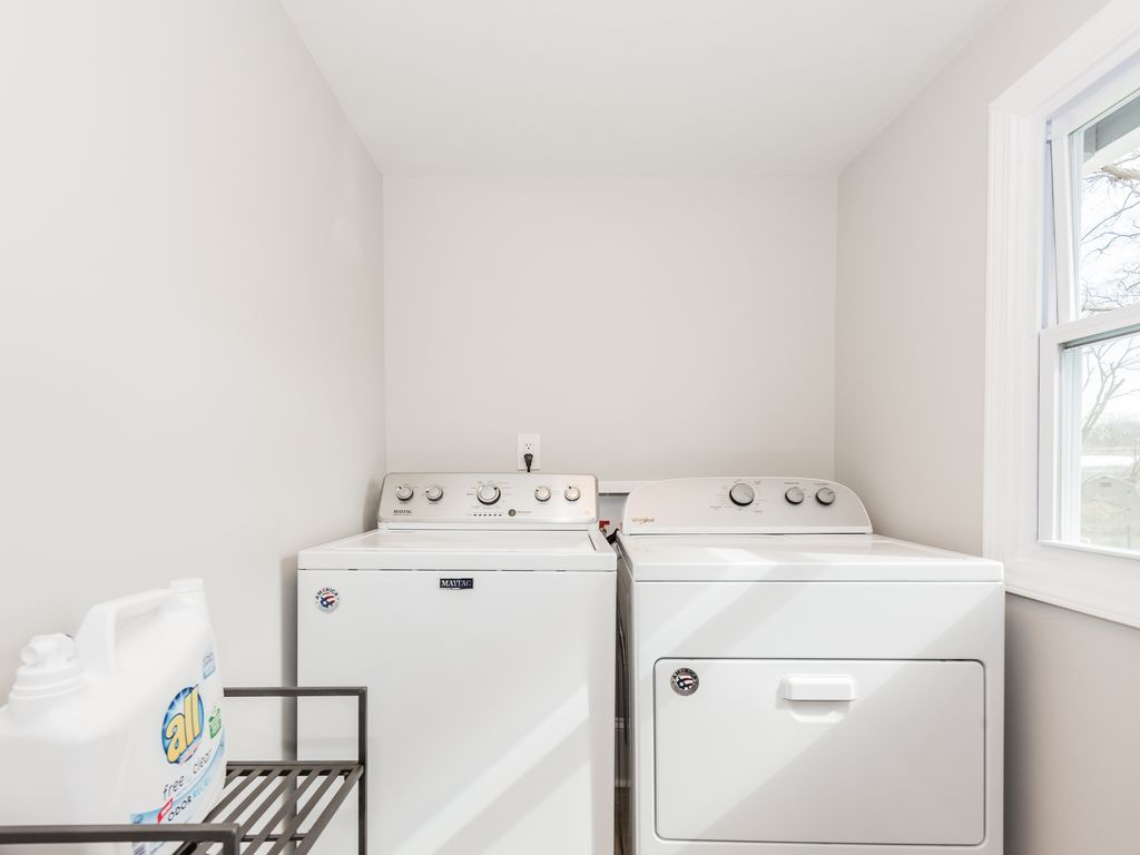 Full size washer & dryer with starter detergent.
