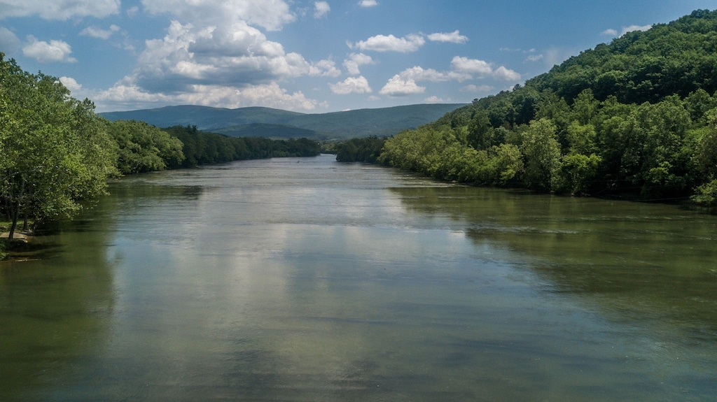 Canoe down the mighty Shenandoah River! This is what it looks like from above the river (drone picture)