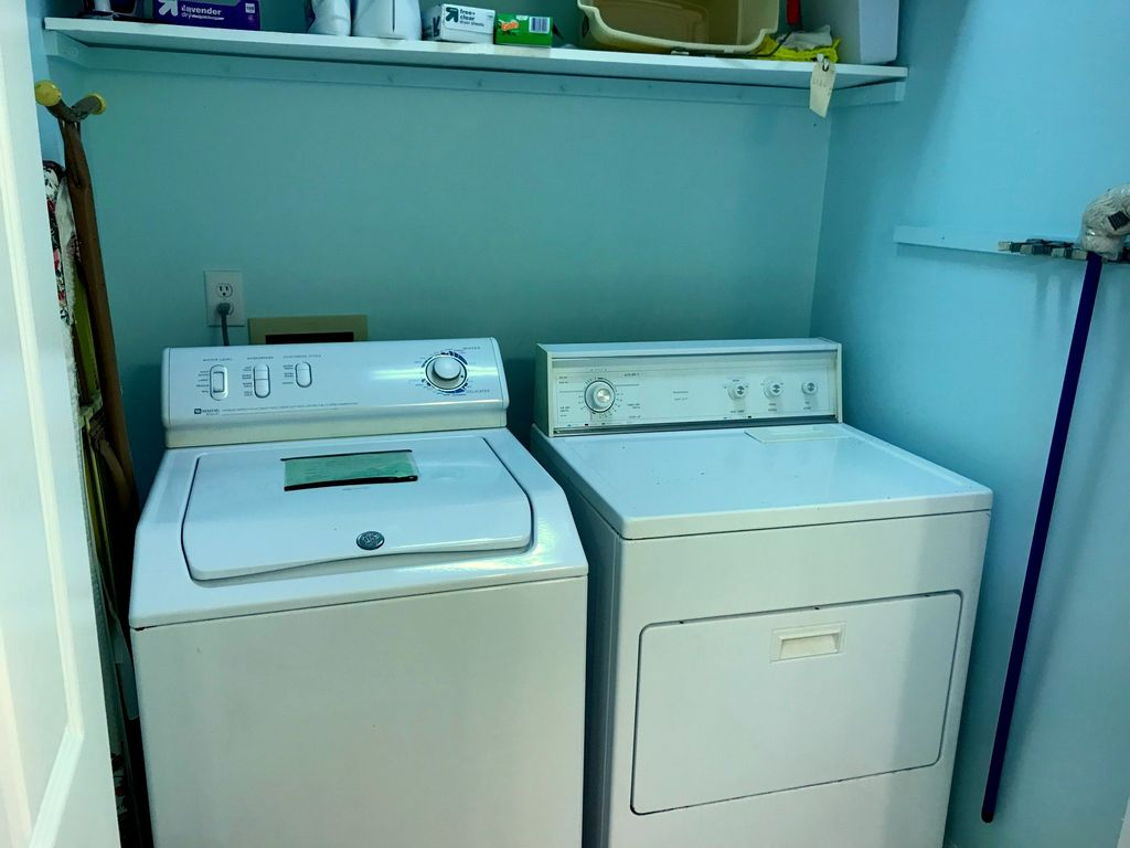 CONVENIENTWasher and Dryer on main level; no running up and down the stairs!