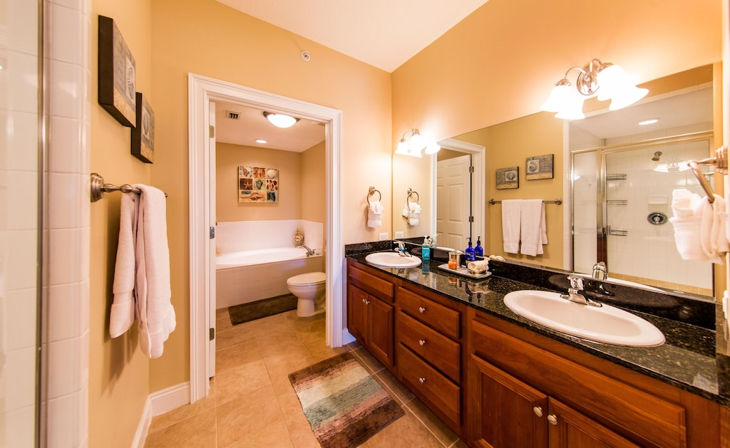 Large master bathroom will make you feel like a Queen.