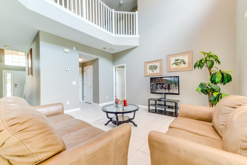 Large family room opens to top