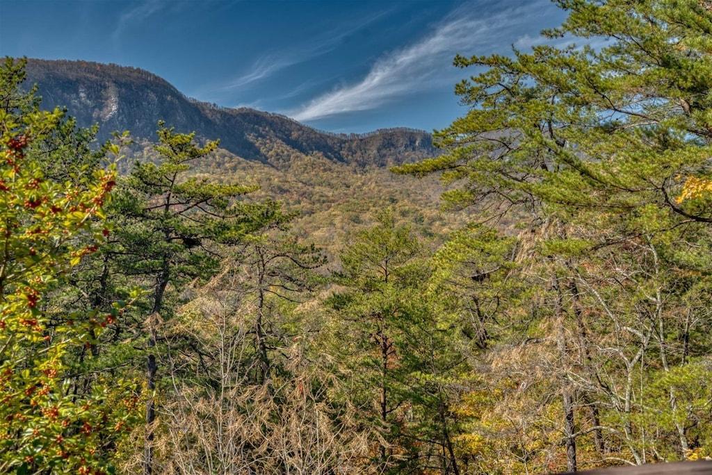 Breathtaking mountain scenery