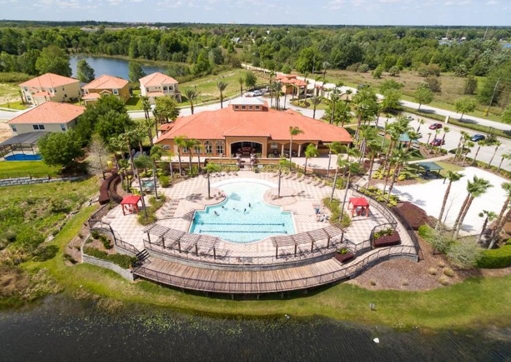 Aviana Resort