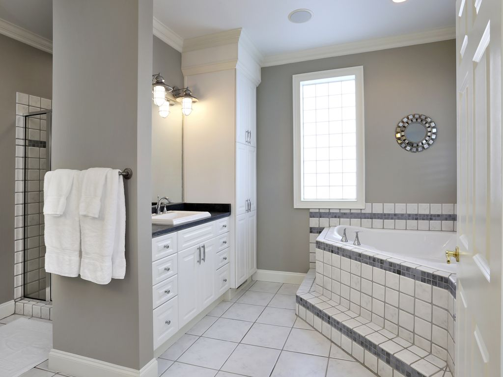 Second floor - Master Bath