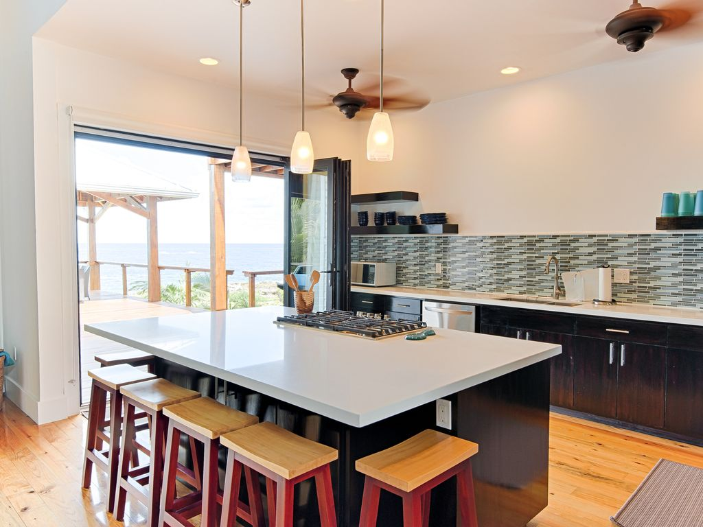 Fully stocked gourmet kitchen with UV filtered water at the sink and ice maker.
