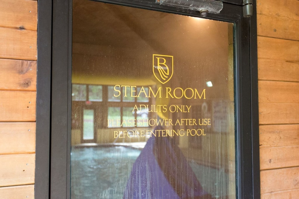 The Rumbling Bald resort has a steam room