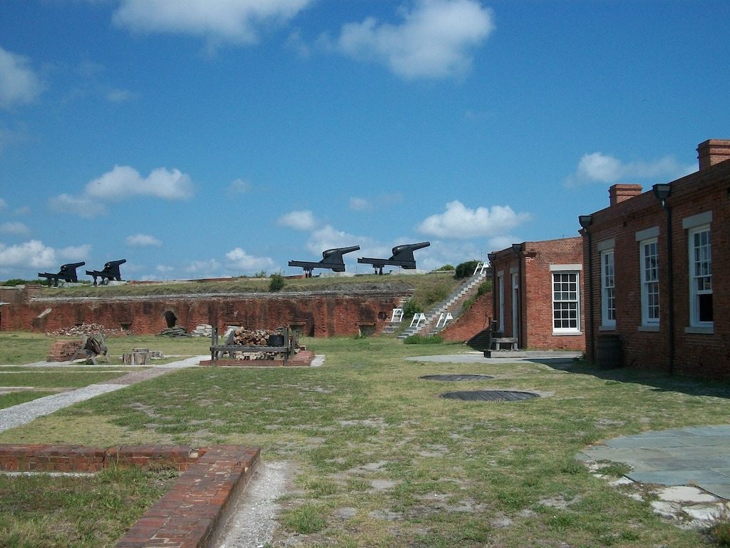 Ft. Clinch