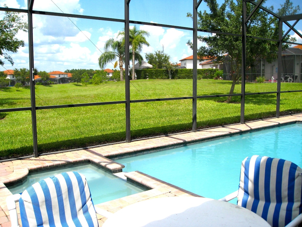 Private pool & SPA with table and chairs set and loungers