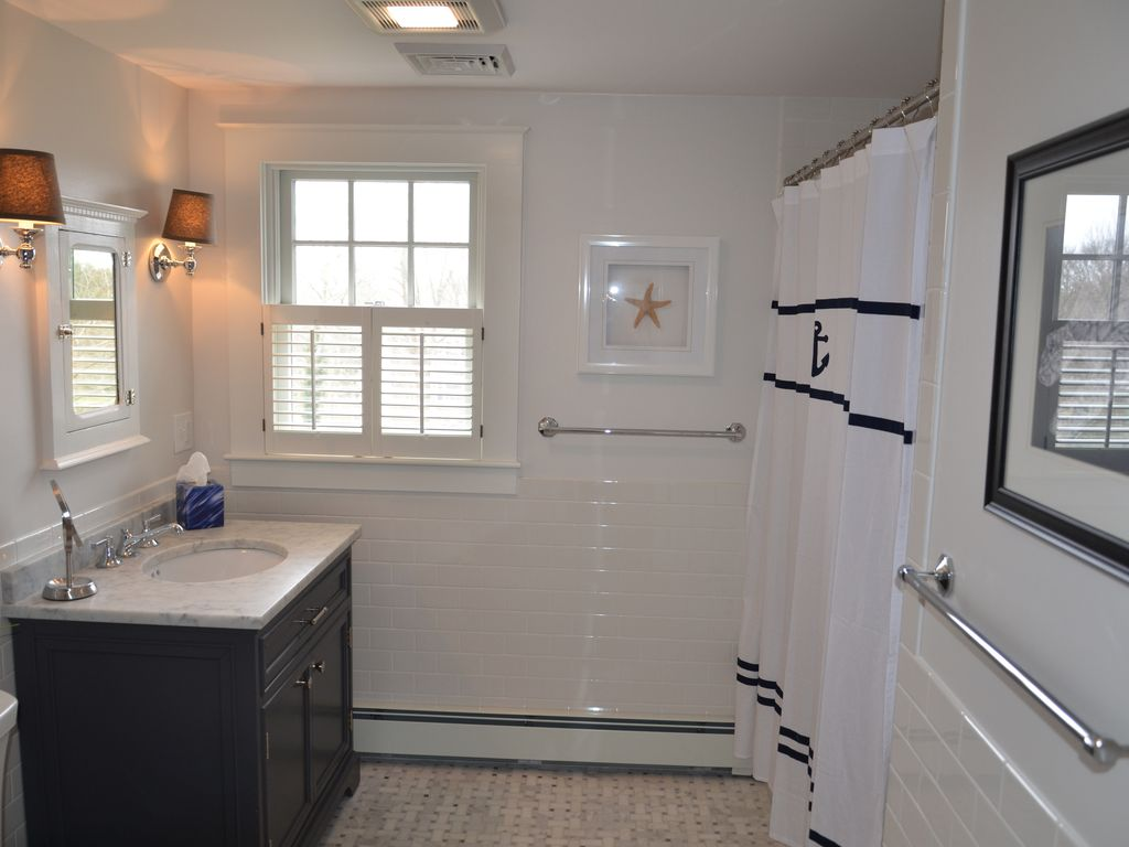 Spacious bathroom on 2nd floor adjacent to the three bedrooms.