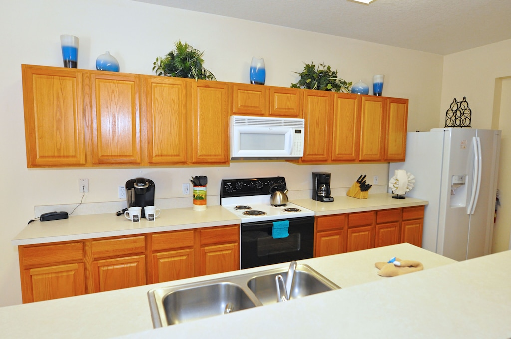 Large open kitchen for your big family.