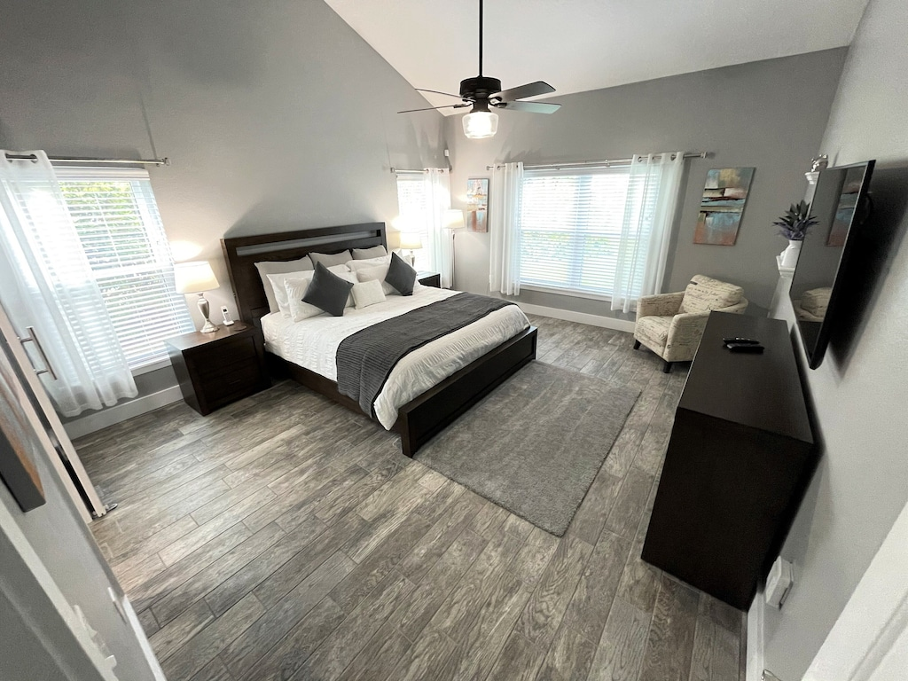 Large Luxury Master Suites with California King Beds and Quality Hotel Linen