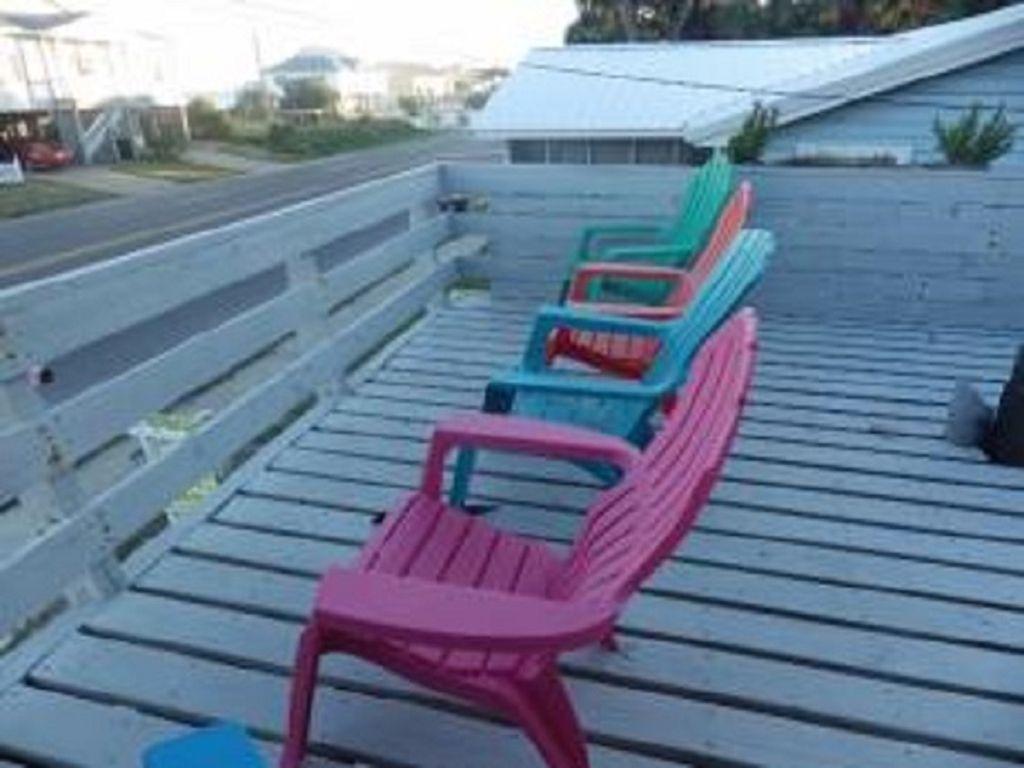 Sun deck with ocean view!